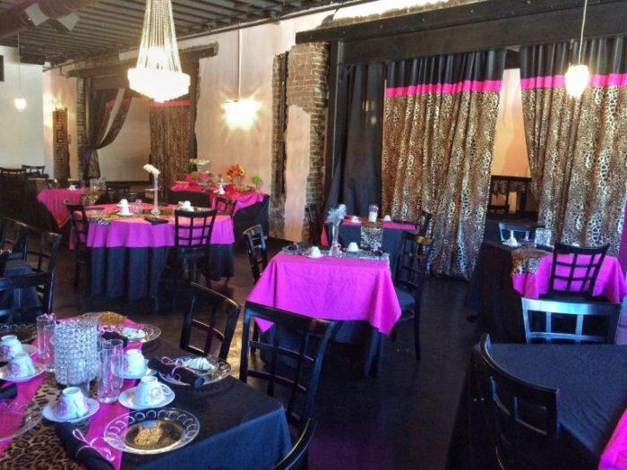 Three Southern Girls Tea Room, lavish interior
