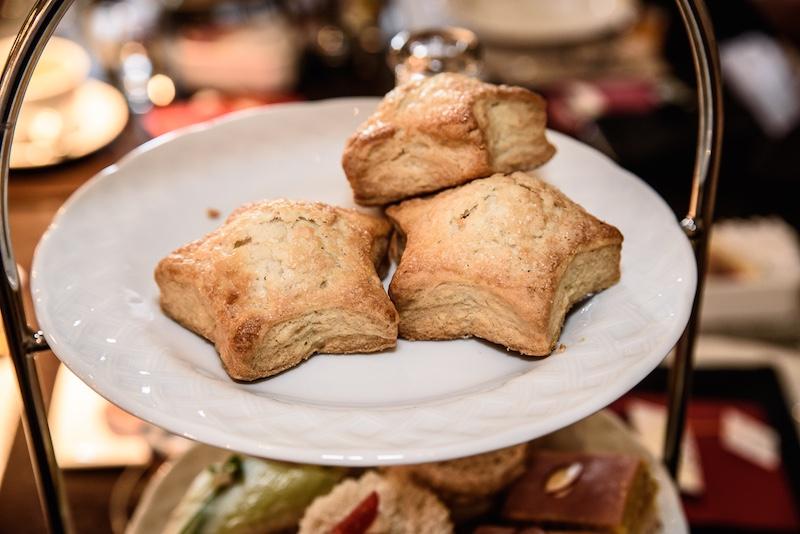 Star-shaped scones at Park 75 at Four Seasons Atlanta afternoon tea