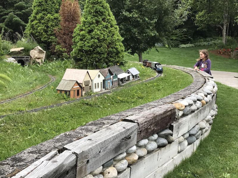 Mini railroad at Jewell Gardens