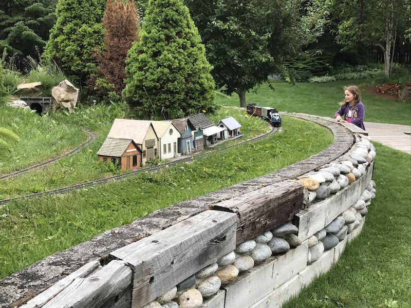 Mini railroad at Jewell Gardens