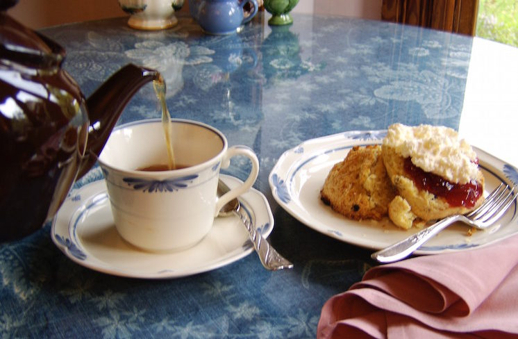 Tea and scones at Rose Arbour Vermont afternoon tea