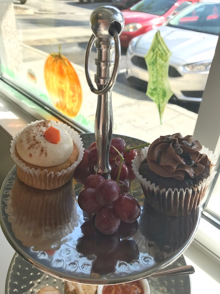 Cupcakes from Endulge Cupcake Boutique