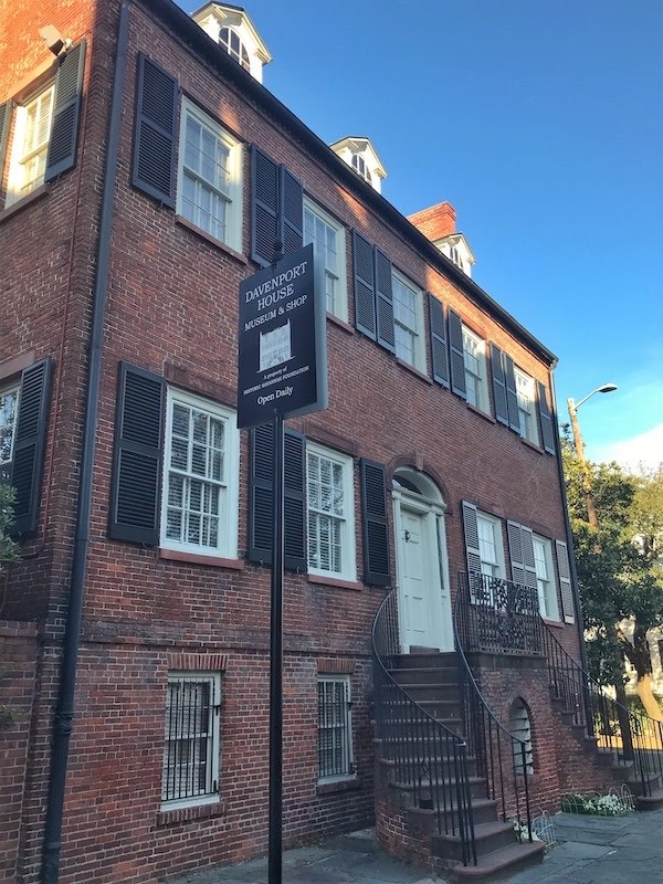 exterior Davenport House Museum