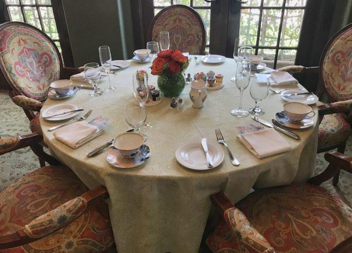 Tea table in Ristorante Cavour at Hotel Granduca Houston