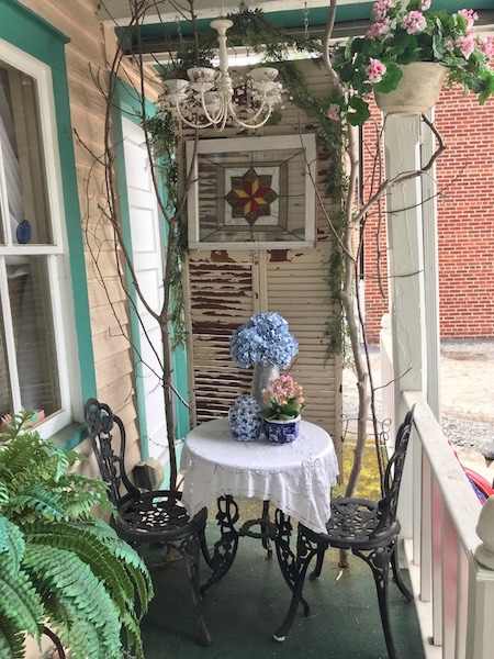 front porch at A Southern Cup in Hendersonville, NC