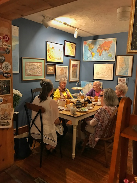 Dining area in Ivory Road Cafe & Kitchen in Arden, NC