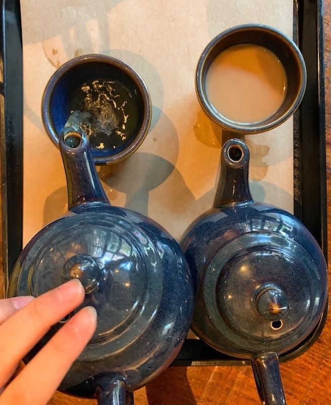 teapots at Teaism Peann Quarter