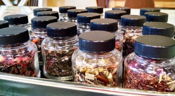 Teas for sale in tearoom business in VA