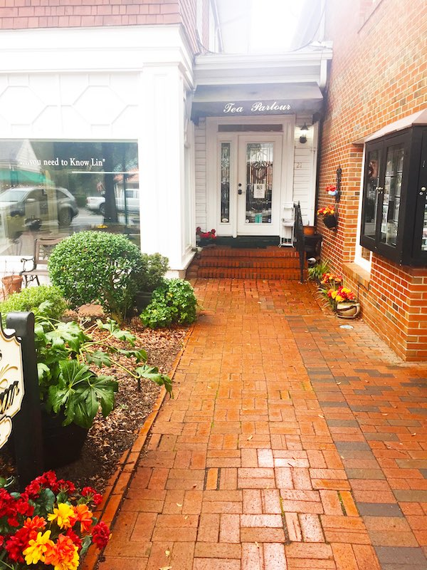 entrance at Lady Bedford's Tea Parlour & Gift Shoppe in Pinehurst, NC