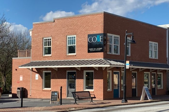 Coze Tea Studio in Stone Mountain Village, Georgia