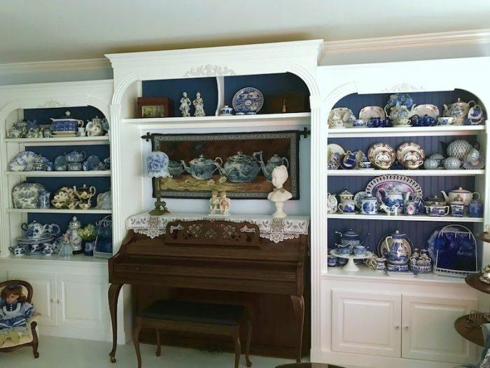 Phyllis Barkey of Relevant Tea Leaf blog's living room teaset collection