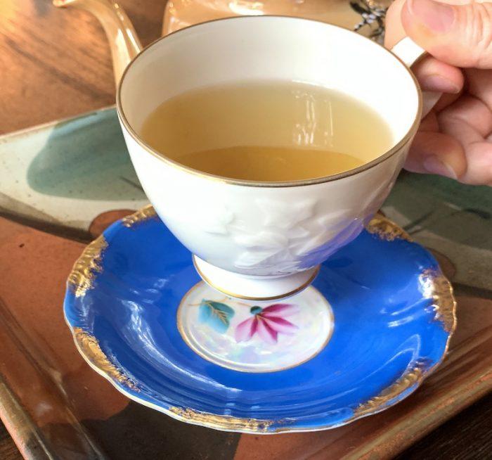 Sipping milk oolong from Zi Chun Teas
