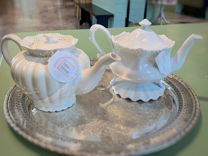 pretty teapots at Dreamcakes Cafe in Hoover, AL for afternoon tea