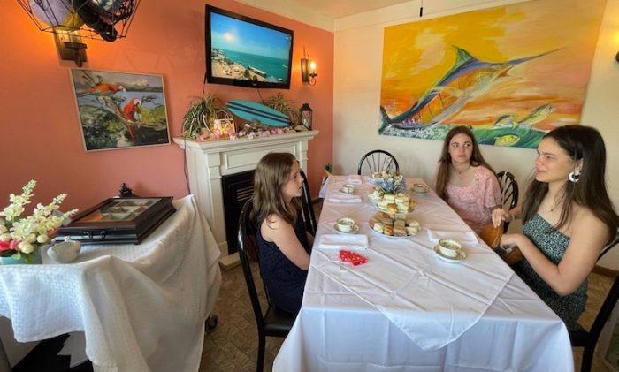 tea table at afternoon tea at Belleair Cafe in Belleair Bluffs, Florida