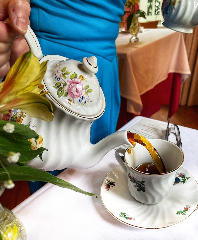 tea is poured at at afternoon tea at Chelsea's on Thornton in Dalton, GA