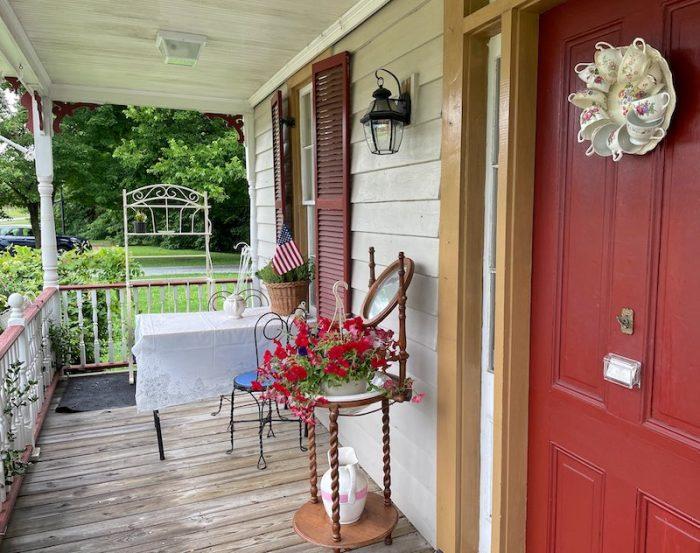 front porch exterior afternoon tea at Stillwater Tea House in Suffolk, VA