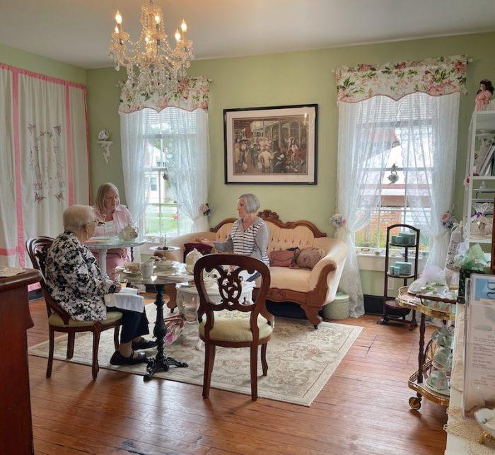 green room at afternoon tea at Stillwater Tea House in Suffolk, VA