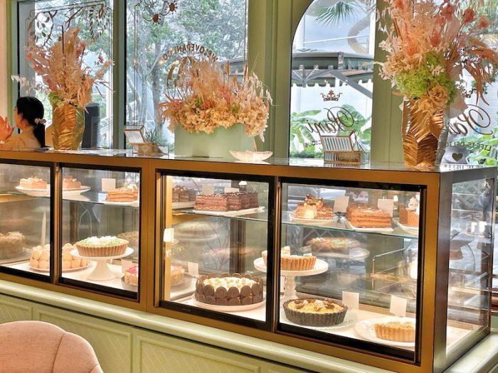 dessert case at Pani in Aventura Mall, Florida
