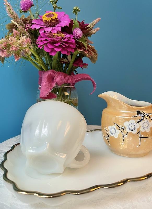 star-shaped teacup bottom